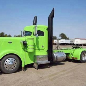 Peterbilt LargCar Lime Green Stacks